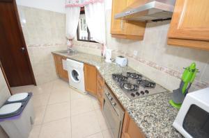 Cravinho, Apartmanok  Albufeira - big - 12