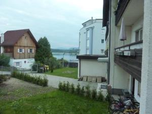 Ferienwohnungen Rosenhof Dreimäderlhaus am See