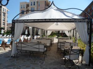 Sun & Sea Apartments, Apartments  Sunny Beach - big - 119