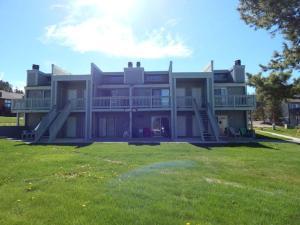 Meadow Ridge Court 16 Reviews