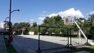 Chateau Elysee Condo Unit - Vendome, Apartments  Manila - big - 13