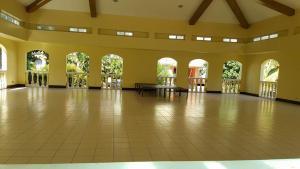 Chateau Elysee Condo Unit - Vendome, Apartmány  Manila - big - 63