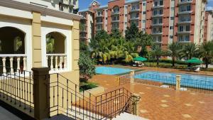Chateau Elysee Condo Unit - Vendome, Apartments  Manila - big - 60