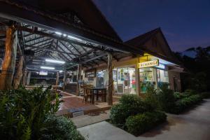 Aonang Family Pool Resort, Дома для отпуска  Ао Нанг Бич - big - 15