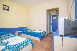 Family Hotel Bohemi, Hotels  Ravda - big - 17