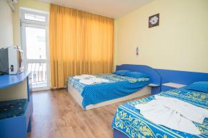 Family Hotel Bohemi, Hotels  Ravda - big - 16