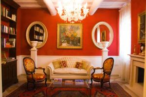 Nearby hotel : B&B A Casa Dell'Antiquario