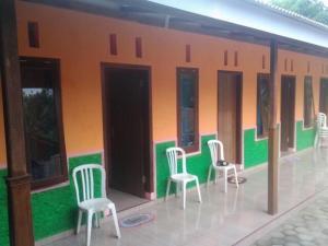 Karang Asem Inn