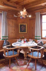 Hotel-Restaurant Vinothek Lamm, Hotels  Bad Herrenalb - big - 30