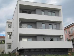 Apartments Glavan