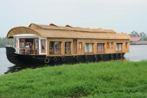 Riverland Sarangi Houseboat
