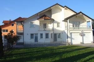 Villa Sejdic