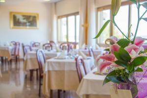 Hotel Touring, Hotels  Misano Adriatico - big - 75