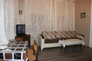 Апартаменты Бриллиантовая Рука, Баку