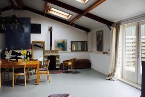 Atelier La Luna, Bed & Breakfast  Berkenwoude - big - 6
