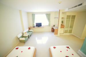 Vientiane Hemera Hotel, Hostince  Vientiane - big - 38