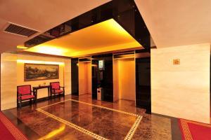 Dalian Friendship Hotel, Отели  Далянь - big - 28