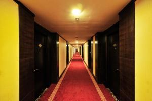 Dalian Friendship Hotel, Отели  Далянь - big - 27