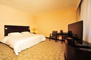 Dalian Friendship Hotel, Отели  Далянь - big - 15