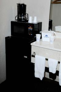 Americas Best Value Inn and Suites Denton, Motely  Denton - big - 8