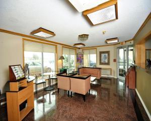 Baymont Inn & Suites Sandusky, Szállodák  Sandusky - big - 21