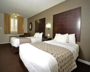 Baymont Inn & Suites Sandusky, Szállodák  Sandusky - big - 10