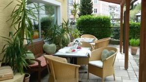 Hotel Pension Lindenhof, Pensionen  Prien am Chiemsee - big - 58
