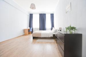 Apartment Malaya Morskaya 21