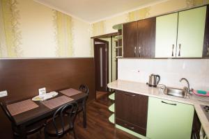 Apartment Oktyabrskoy Revolyutsii, Apartmány  Sevastopoľ - big - 9
