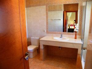 Villa Majestic, Vily  Estepona - big - 86
