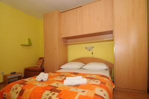 Apartments Katica 3465, Apartments  Makarska - big - 7