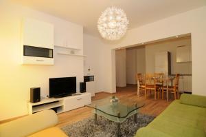 Apartments Katica 3465, Apartments  Makarska - big - 14