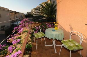 Apartments Katica 3465, Apartments  Makarska - big - 16