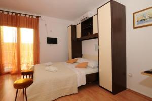 Apartments Katica 3465, Apartments  Makarska - big - 10