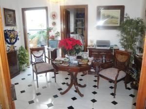 Hostal Málaga, Guest houses  Arcos de la Frontera - big - 44