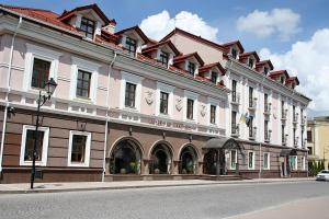 Отель Reikartz Каменец-Подольский - фото 2