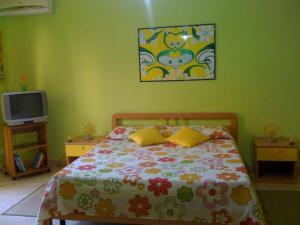 I Colori dell'Arcobaleno, Bed & Breakfasts  Santo Stefano di Camastra - big - 8