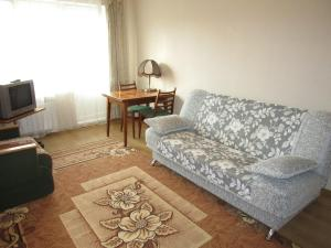 Апартаменты Ораниенбаум, Ломоносов