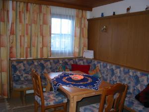 Haus Seiwald, Apartmanok  Niederau - big - 23