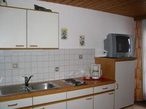 Haus Seiwald, Apartmanok  Niederau - big - 19