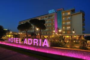 Prenota Hotel Adria