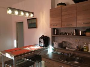 Koren family Apartment, Apartments  Budapest - big - 40