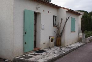 Maison Plage de la Garonette, Holiday homes  Sainte-Maxime - big - 11