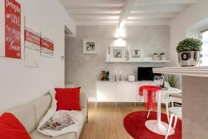 White Apartment Florence