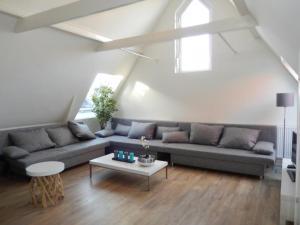 Marnix Light Apartment