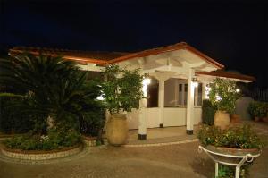 Hotel Ristorante Donato, Hotely  Calvizzano - big - 79