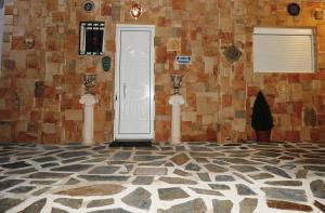 Farkia Exclusive Studios, Apartmány  Faliraki - big - 72
