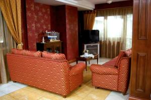 Hotel Ristorante Donato, Hotely  Calvizzano - big - 72