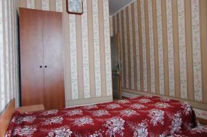 Guest House GorodOk, Bed and breakfasts  Chornomorskoe - big - 8