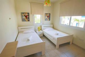 Villa Florie, Vily  Protaras - big - 39